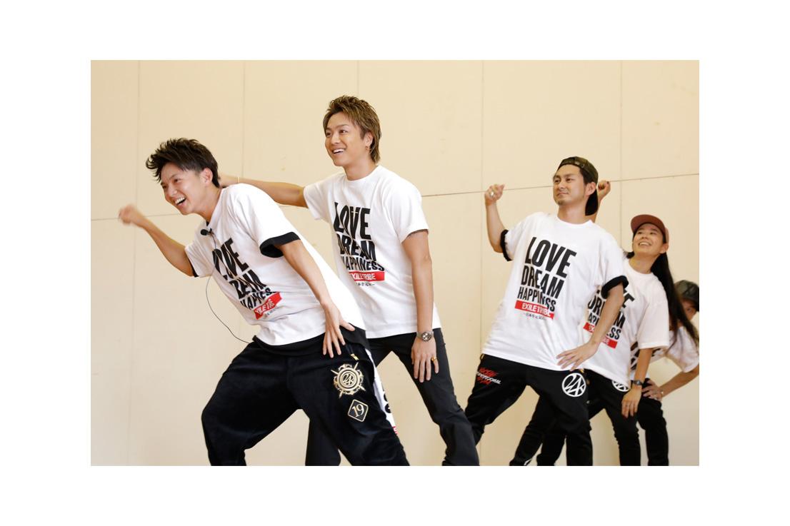 画像2: 夢の課外授業、佐世保市で実施。 EXILEのTAKAHIROと佐藤大樹でダンスレッスンを行いました! 9月23... lojim.jp